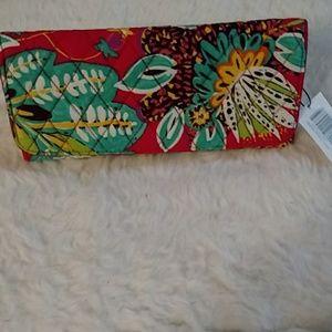 BNWT Vera Bradley wallet